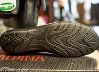Alpina Dixie, practical and super comfortable leather ballet pump that can be worn with any casual outfit or for work.